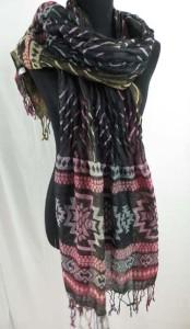 trendy-scarf-u6-127m