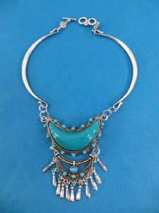 turquoise-necklace-53g