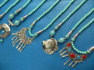 turquoise-necklace-75c