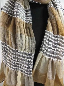 women-scarves-db4-33r