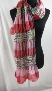 women-scarves-db4-33u