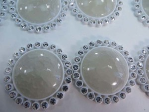 acrylic round white flatback rhinestone applique embellishment for scrapbooking