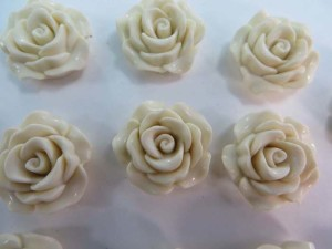 resin off white rose flower flatback applique embellishment for scrapbooking