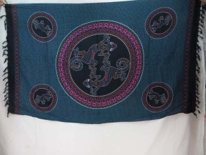 thousand dots gecko inside mandala circle black blue sarong tapestry wall hanging sarong