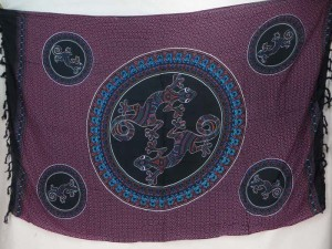 thousand dots gecko inside mandala circle black fuchsia sarong tapestry wall hanging sarong
