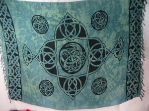 Celtic knot sarong Pagan wiccan ritual decoration wall hanging tablecloth throw