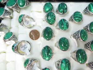 chunky green malachite stone fashion rings size randomly picked between 6 to 10