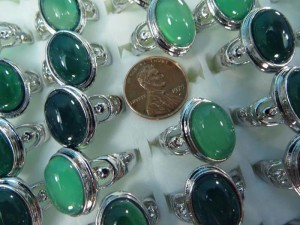 green agate stone fashion ring mixed sizes between 6 to 10