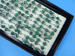 green malachite stone fashion rings size randomly picked between 6 to 10