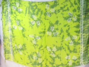 green monocolor sarong with gecko, flower, turtel, fish, sun, dolphin, seashell, palm trees etc tropical designs assorted designs randomly picked by our warehouse staffs