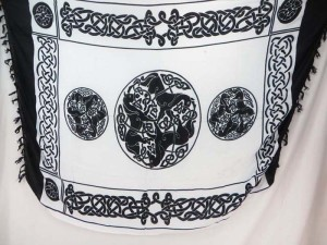 triple horses black and white celtic sarong