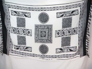 white black Celtic Knot Sarongs Altar Clothes