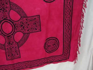 fuchsia interlaced knotwork celtic cross sarong wall art hanging
