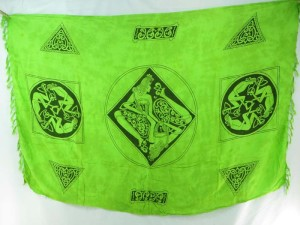 Celtic clothing green sarong triple women circles