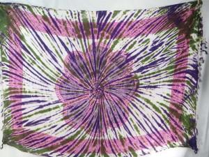 giant daisy mandala on centre tie dye sarong