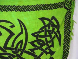 altar cloth green sarong with celtic circle and celtic border