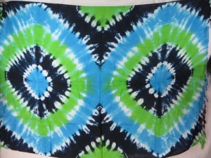 double hearts / double eyes tie dye sarong