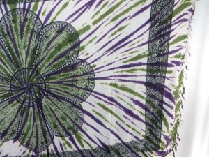 green giant daisy mandala on centre tie dye sarong