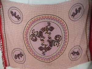 thousand dots gecko mandala sarong red on white with red edge