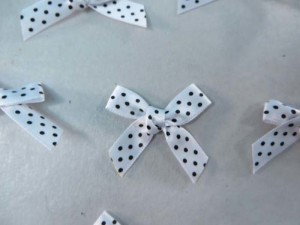 white polka dots satin ribbon butterfly bow applique / scrapbooking craft DIY / wedding decoration