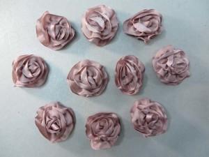 dusty rose color satin ribbon rose applique / scrapbooking craft DIY / wedding decoration
