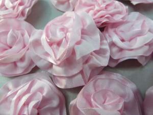 light pink satin ribbon rose applique / scrapbooking craft DIY / wedding decoration