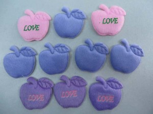 apple felt padded applique / scrapbooking craft DIY / wedding decoration