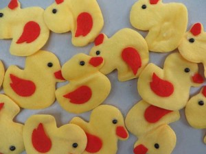 yellow duck felt padded applique / scrapbooking craft DIY / wedding decoration
