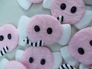 pink elephant felt padded applique / scrapbooking craft DIY / wedding decoration