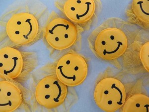 yellow happy face lace padded applique / scrapbooking craft DIY / wedding decoration