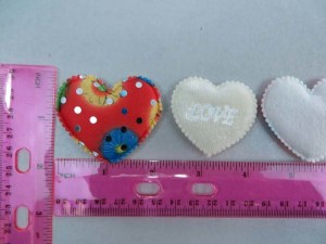 heart felt padded applique / scrapbooking craft DIY / wedding decoration
