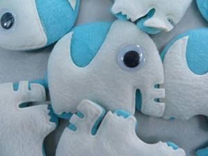 elephant felt padded applique / scrapbooking craft DIY / wedding decoration