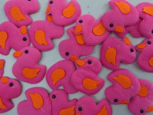 baby duck felt padded applique / scrapbooking craft DIY / wedding decoration