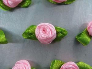 pink satin ribbon rose flower applique / scrapbooking craft DIY / wedding decoration