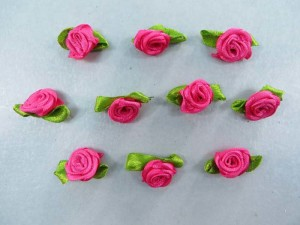 hot pink satin ribbon rose flower applique / scrapbooking craft DIY / wedding decoration