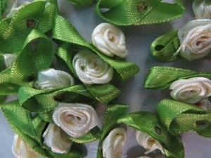 mixed colors satin ribbon rose flower applique / scrapbooking craft DIY / wedding decoration