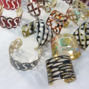 design fashionable wide bangles