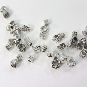 Silver plated alloy metal charm beads in mixed designs