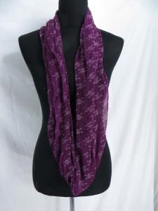 skull and cross bone infinity scarf / circle loop long wrap / endless shawl / cowl neck circular scarf / eternity scarf / double loop scarf