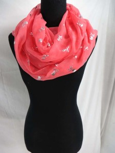 shinny skull and cross bones prints infinity scarf / circle loop long wrap / endless shawl / cowl neck circular scarf / eternity scarf / double loop scarf Soft, lightweight, cute and stylish fashion scarves for all seasons.