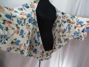 bat wing fashion kaftan in vintage rose and paisley design