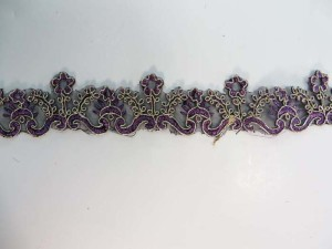 purple 1.5 inches wide venice flower gold metallic netting lace trim