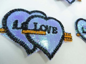 arrow through double heart love embroidered iron on patch / embroidered cloth badge motif applique / sew on applique patch