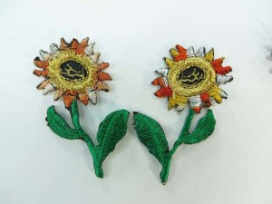 embroidered iron on patch / embroidered cloth badge motif applique / sew on applique patch