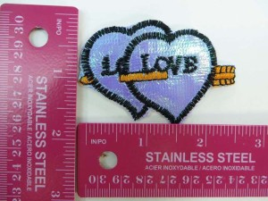 arrow throught double hearts love embroidered iron on patch / embroidered cloth badge motif applique / sew on applique patch