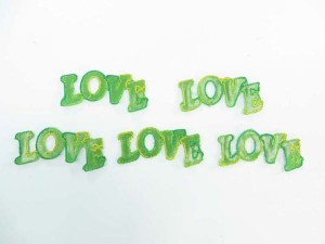 green love writing embroidered iron on patch / embroidered cloth badge motif applique / sew on applique patch