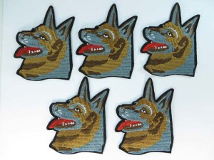 dog face embroidered iron on patch / embroidered cloth badge motif applique / sew on applique patch