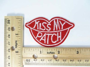 Kiss My Patch embroidered iron on patch / embroidered cloth badge motif applique / sew on applique patch