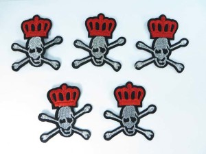crown and skull cross bone embroidered iron on patch / embroidered cloth badge motif applique / sew on applique patch