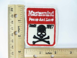 Mastermind peach and love embroidered iron on patch / embroidered cloth badge motif applique / sew on applique patch